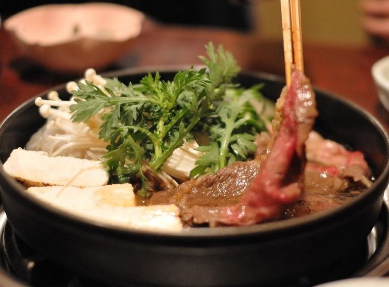 11chiriri-sukiyaki.jpg