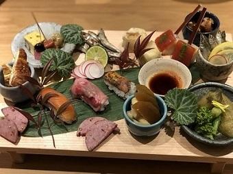 彩盛り前菜.jpg